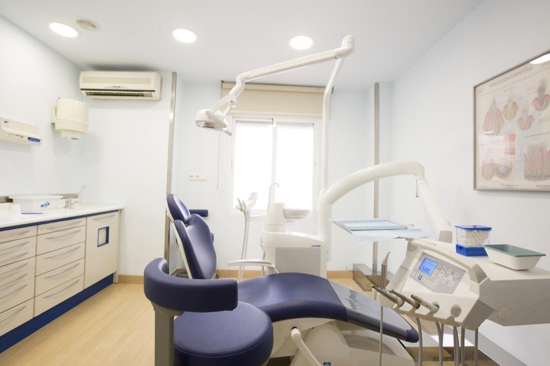 clínica dental en elche